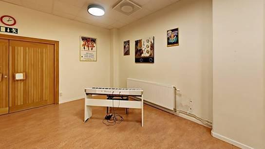 kuhlers lokal piano